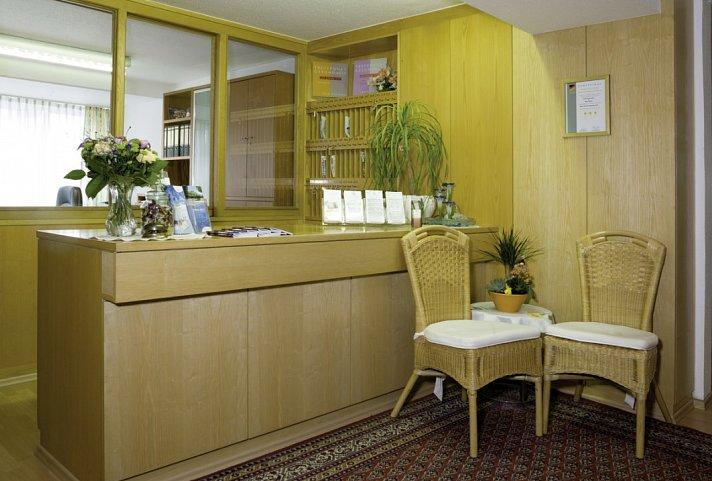 hotel zentral bad f ssing top angebot. Black Bedroom Furniture Sets. Home Design Ideas
