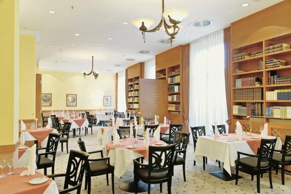 semperoper dresden la traviata quality hotel plaza dresden g nstig buchen rewe reisen. Black Bedroom Furniture Sets. Home Design Ideas