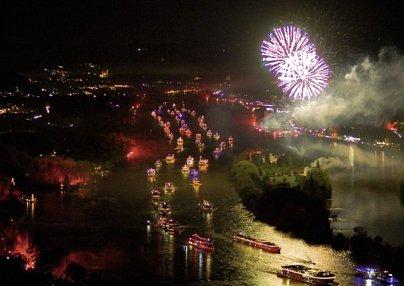 Rhein in Flammen®<br>& Mercure Hotel Köln West
