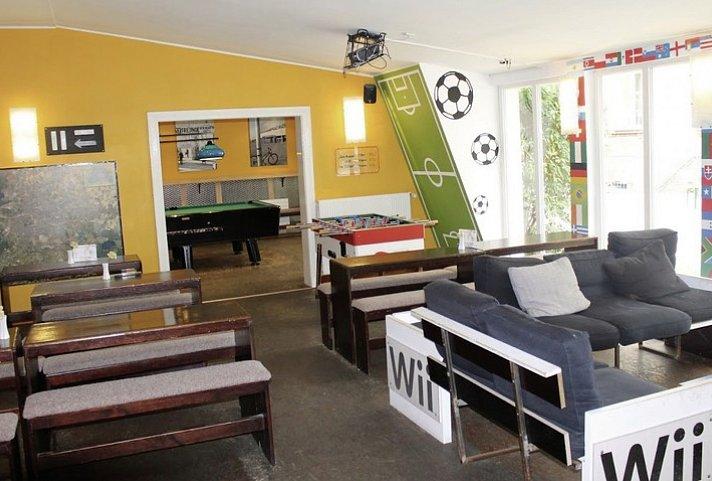 a o berlin friedrichshain berlin top angebot. Black Bedroom Furniture Sets. Home Design Ideas