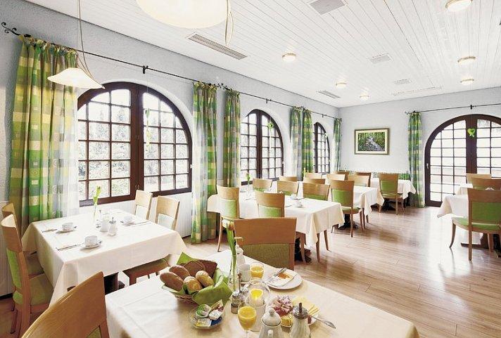 best western plus hotel schwarzwald residenz triberg top angebot. Black Bedroom Furniture Sets. Home Design Ideas