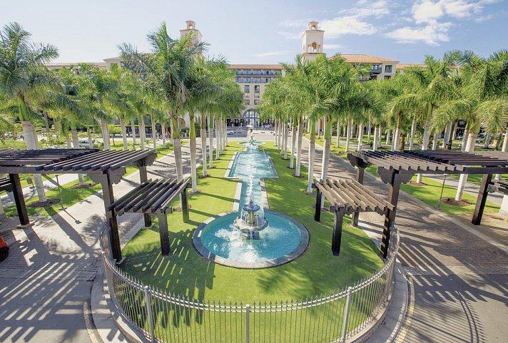 gran canaria hotel lopesan costa meloneras resort corallium spa and casino