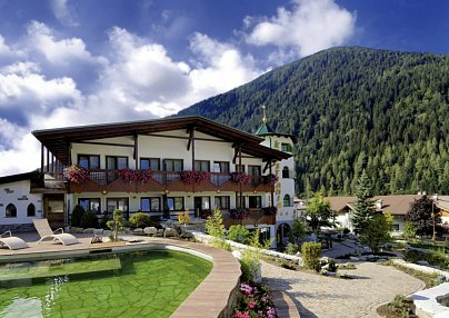 Kristiania Leading Nature & Wellness Resort Cogolo