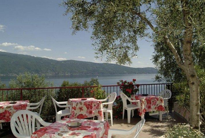 Entfernung Hotel Meandro Gargnano Zum See