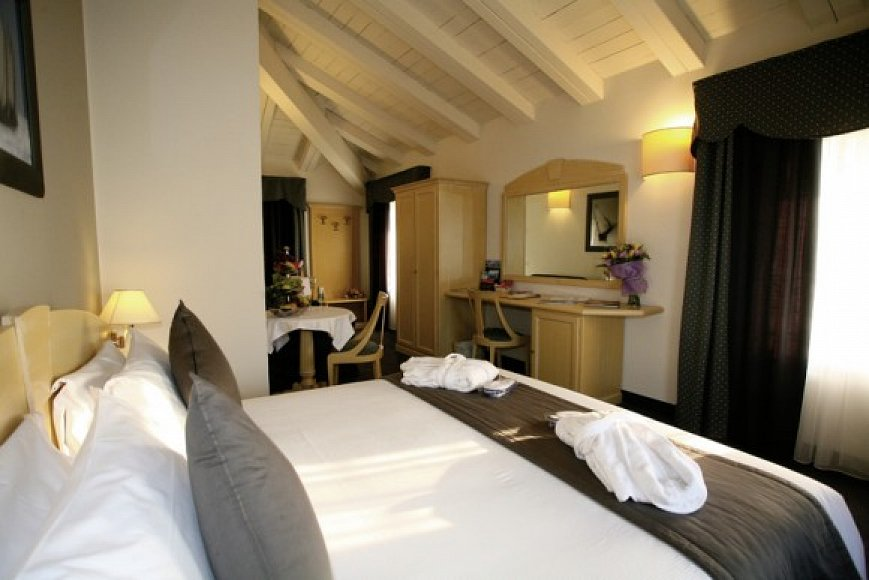 Iseosee Hotel Direkt Am See  Sterne Restaurant