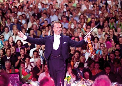 André Rieu & M Hotel - Different Hotels