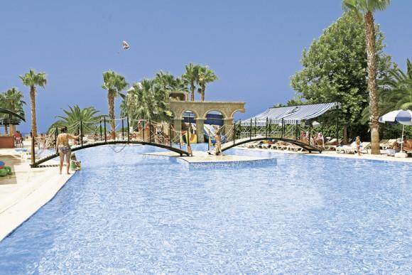Thalia Beach Resort Bewertung
